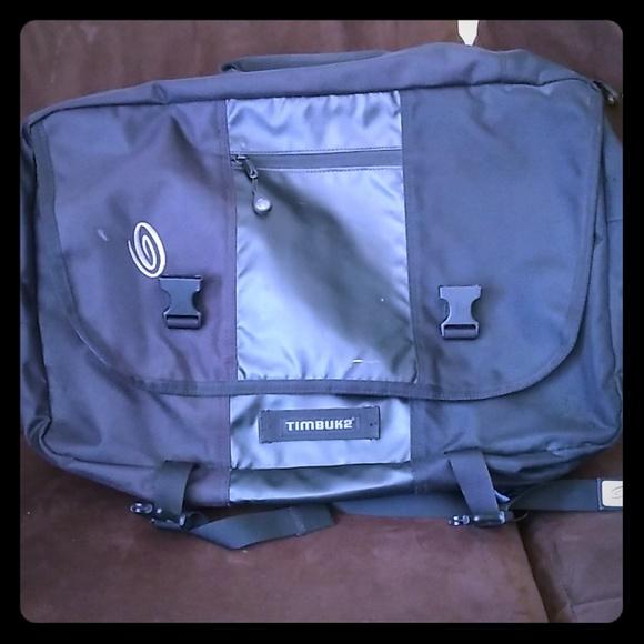 Timbuk2 Handbags - Timbuk2 laptop briefcase/backpack black